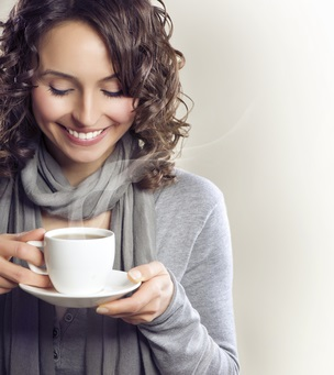 Drinking fresh mature ginger tea and soups and broths while keeping warm is critical after giving birth